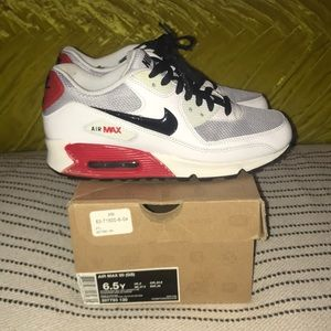 Air Max 90 (GS) Youth Size 6.5/ Women's Size 8